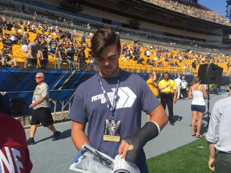 2018 DE Alex Reigelsperger at Heinz Field wearing a great shirt (Photo credit: Mike Vukovcan)