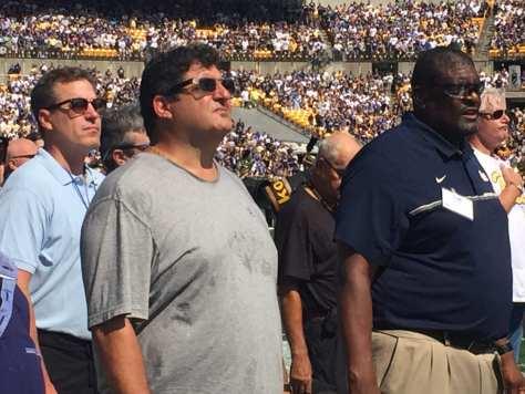 Former Pitt legend Tony Siragusa (Photo credit: Mike Vukovcan)