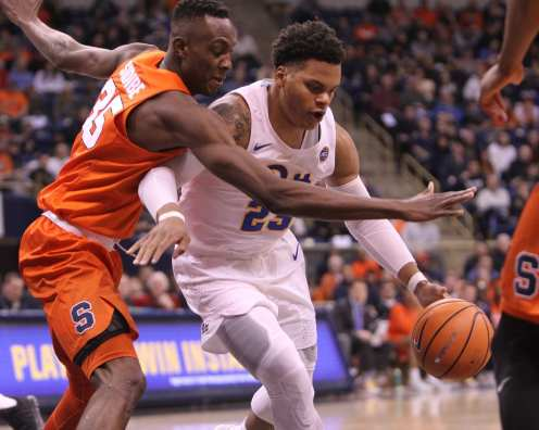 Shamiel Stevenson (23) drives the lane against Syracuse on January 27, 2018 -- DAVID HAGUE