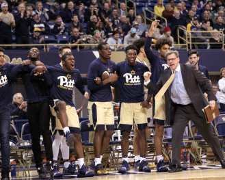 Pitt Bench celebrates January 9, 2019 -- David Hague/PSN