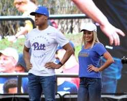 New Pitt Shirts April 7, 2019 -- David Hague/PSN