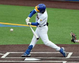 Sky Duff (3) Pitt Baseball March 26, 2021 - Photo by David Hague/PSN