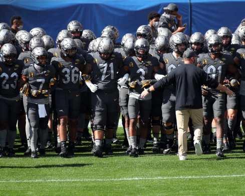 Pitt takes the field September 26, 2020 David Hague/PSN
