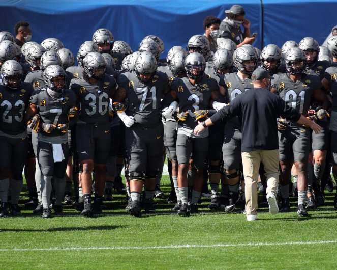 Pitt takes the field September 26, 2020 David Hague/PSN