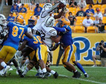 La'Darius Jefferson (3) Leaps information the touchdown - September 18, 2021 David Hague/PSN