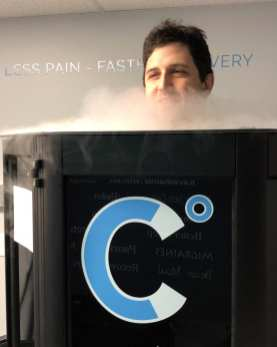 David Hague tries out Cranberry Cryotherapy