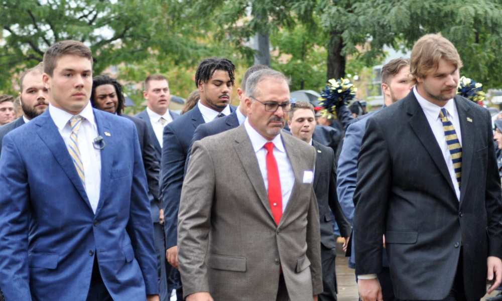 Pat Narduzzi and Players Arriving at Heinz Field -- MIKE SMETANA