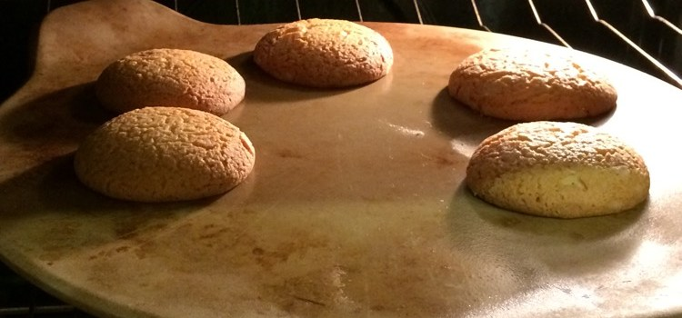 Brioscai Meala (honey cookies)