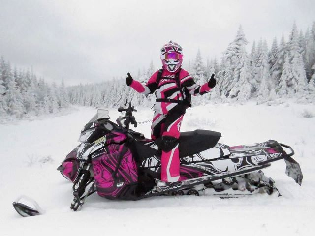 Debbie Winslow Murphy gives the trails 2 Thumbs Up on Jan. 3rd.