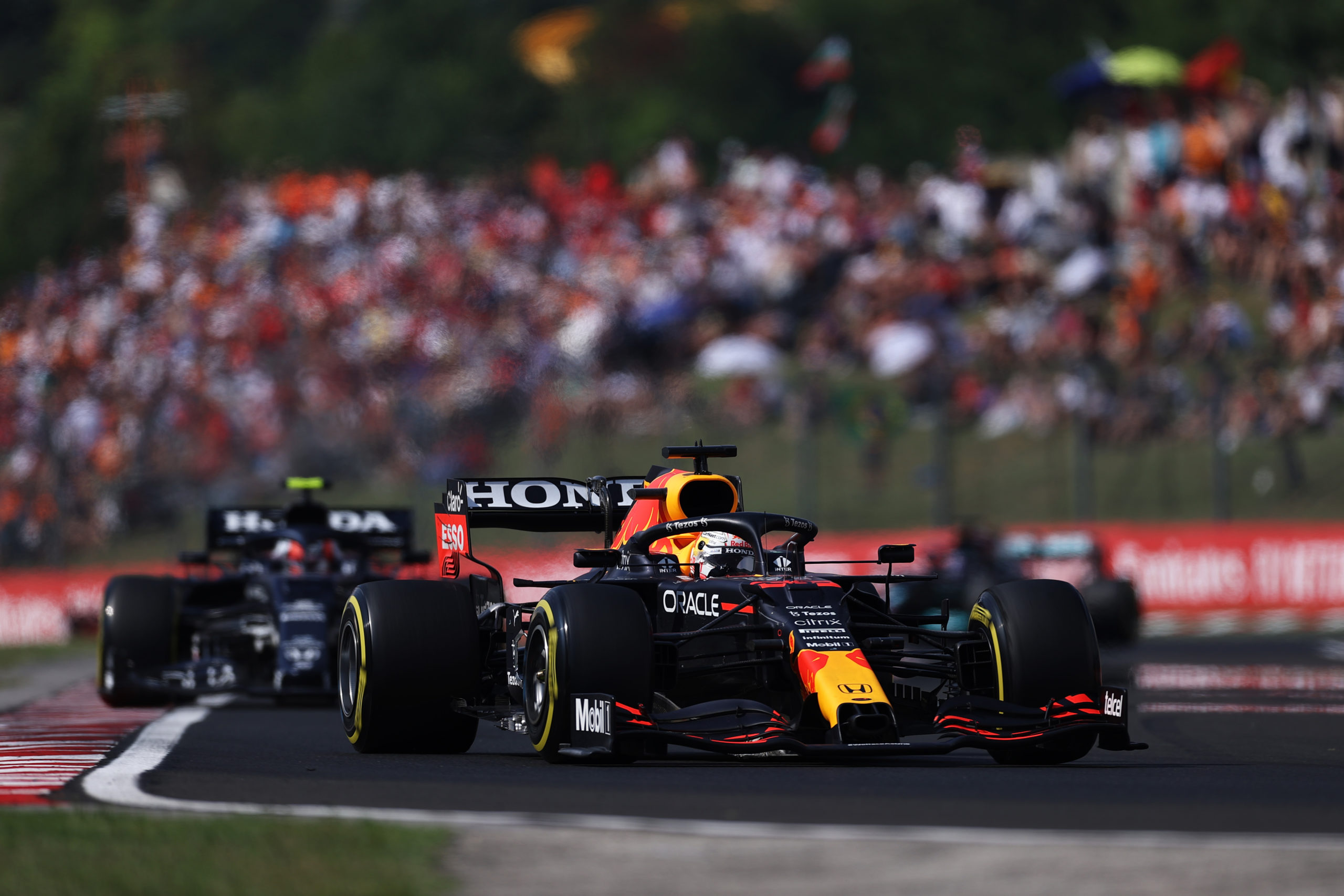 BUDAPEST, HUNGARY - AUGUST 01: Max Verstappen of the Netherlands driving the (33) Red Bull Racing RB16B Honda during the F1 Grand Prix of Hungary at Hungaroring on August 01, 2021 in Budapest, Hungary. (Photo by Lars Baron/Getty Images) // Getty Images / Red Bull Content Pool  // SI202108010309 // Usage for editorial use only //