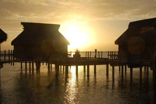 tramonto a thikeau polinesia