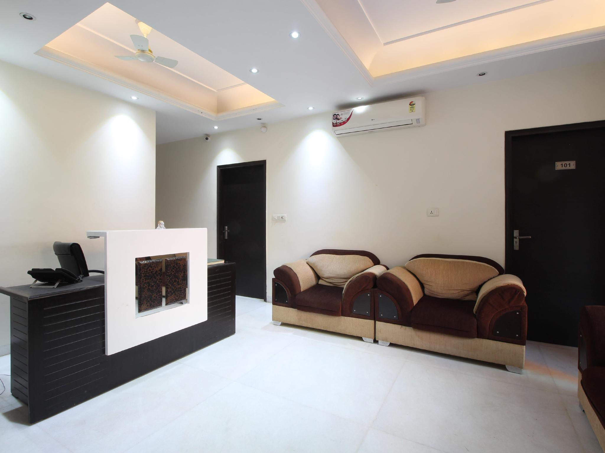 Hotel Retreat Inn Suites New Delhi And Ncr India