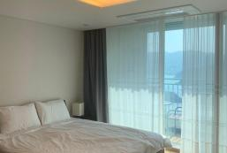 109平方米2臥室公寓 (一運面) - 有2間私人浴室 The First Geoje, Riwoo Ocean