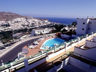 They also boast views of the street or sea. TC Apartamentos Rocamar, Best Choice Hotels in Gran ...