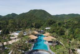 SunCharm Villa Resort SunCharm Villa Resort