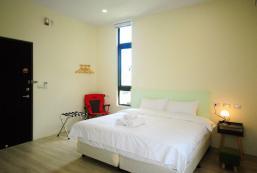 25平方米1臥室獨立屋 (光復鄉) - 有1間私人浴室 Yilusu伊之旅宿,清水模風格的建築