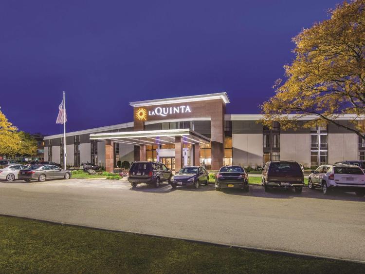 La Quinta Inn & Suites by Wyndham Boston-Andover