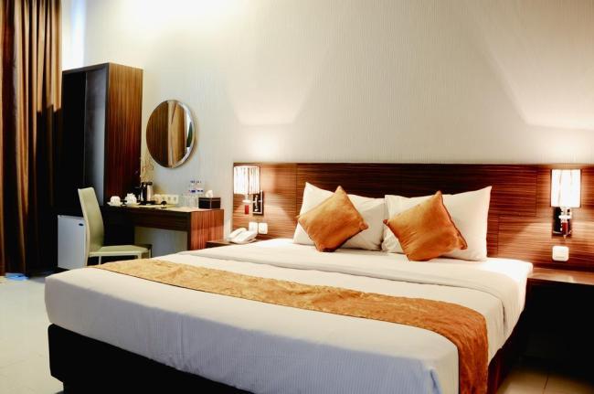 Pose In Hotel Yogyakarta