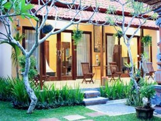 Wayan's Guest House