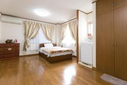 TOKYO CENTRALLY LOCATED INDEPENDENT APARTMENT.1 TOKYO CENTRALLY LOCATED INDEPENDENT APARTMENT.1