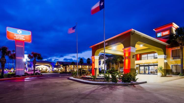 SureStay Plus Hotel by Best Western Alvin