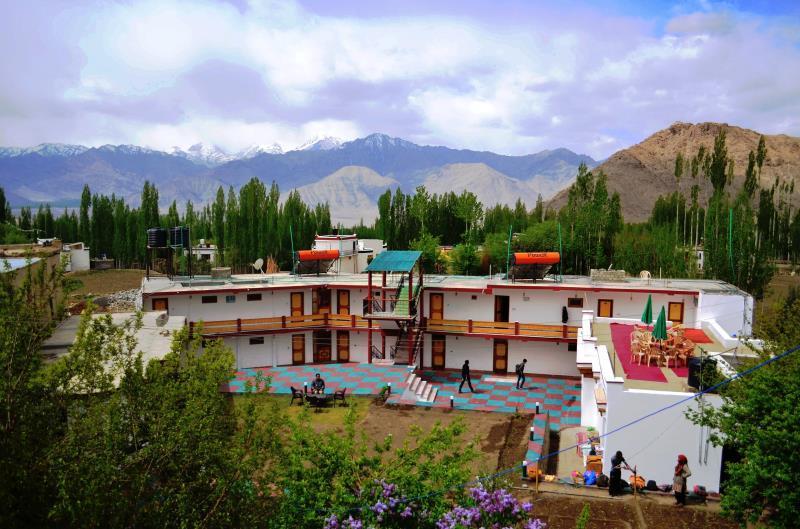 Kanika Himalayan View Hotel Leh India Booking Best Price deals Best Hoels in Leh-1