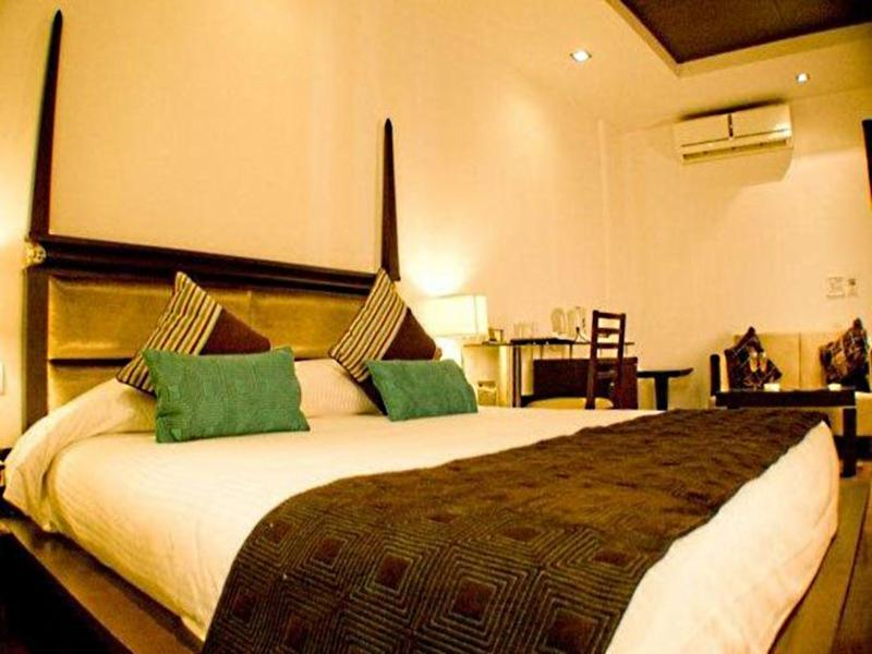 Hotel Atithi New Delhi India Booking Best Price deals Best Hoels in New Delhi-1
