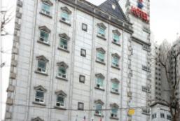 Rozze酒店 Rozze Hotel