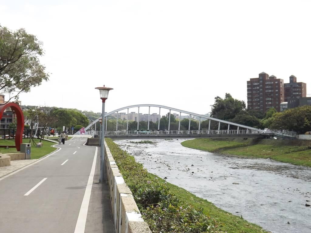 桃園市三民運動公園 - Tripper Way 旅遊景點