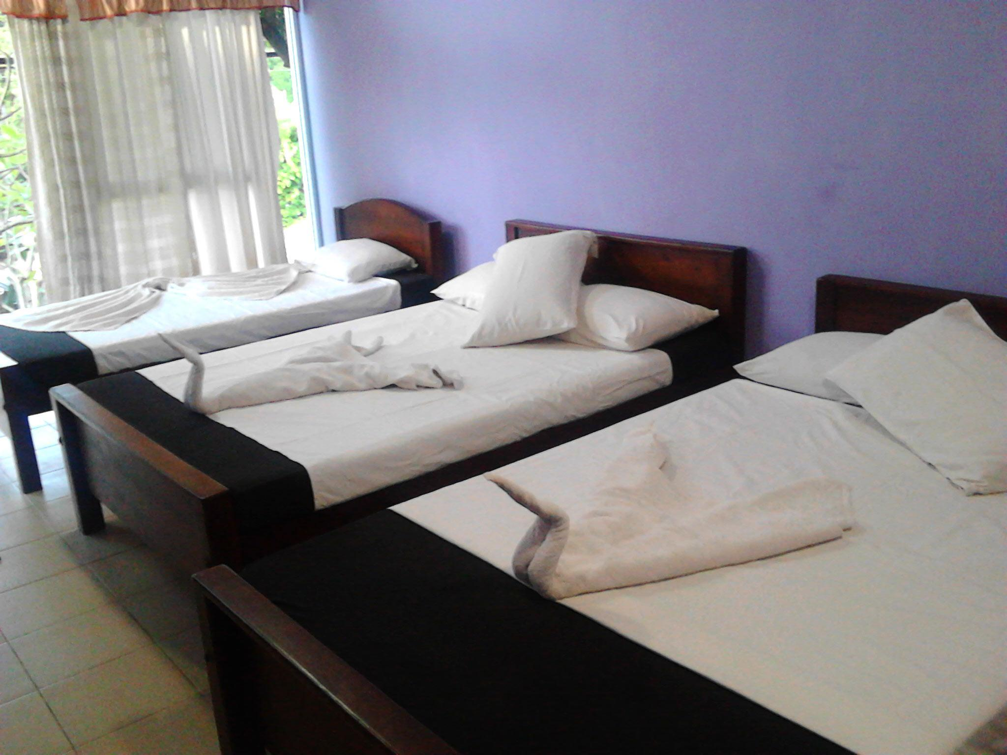 Best Price On Hotel Dharshana In Anuradhapura Reviews