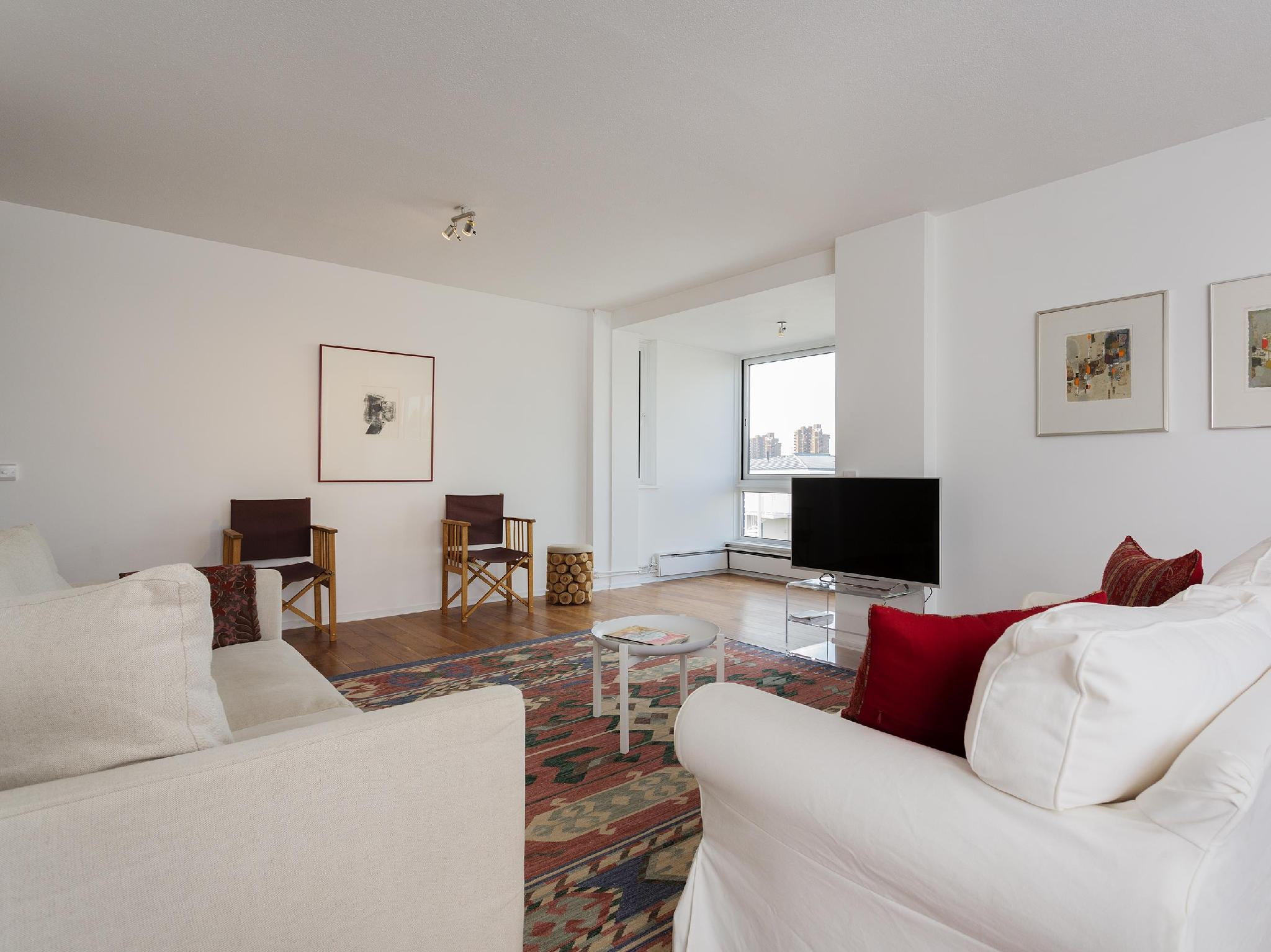 Veeve 2 Bed Flat Valiant House Battersea Entire House