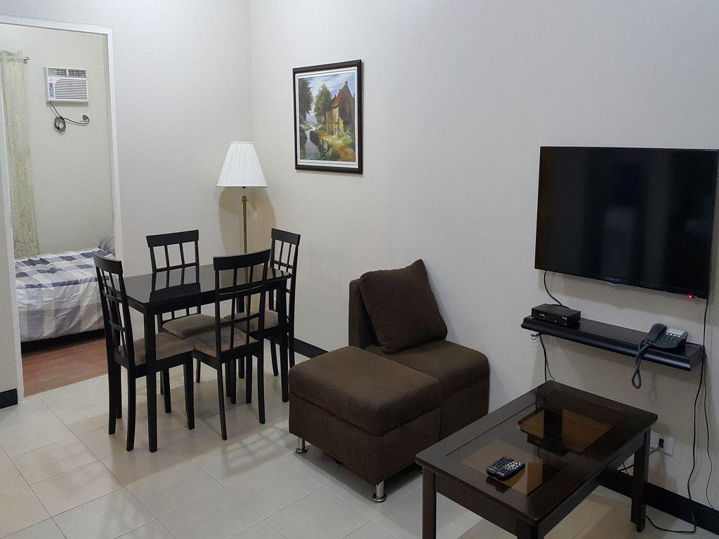 Penthouse Tivoli Garden 50 Mbps Greatview Apartment