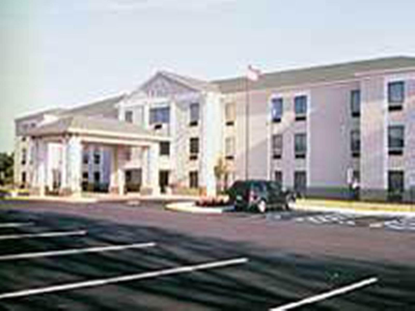 Best Price On Holiday Inn Express Suites Burlington
