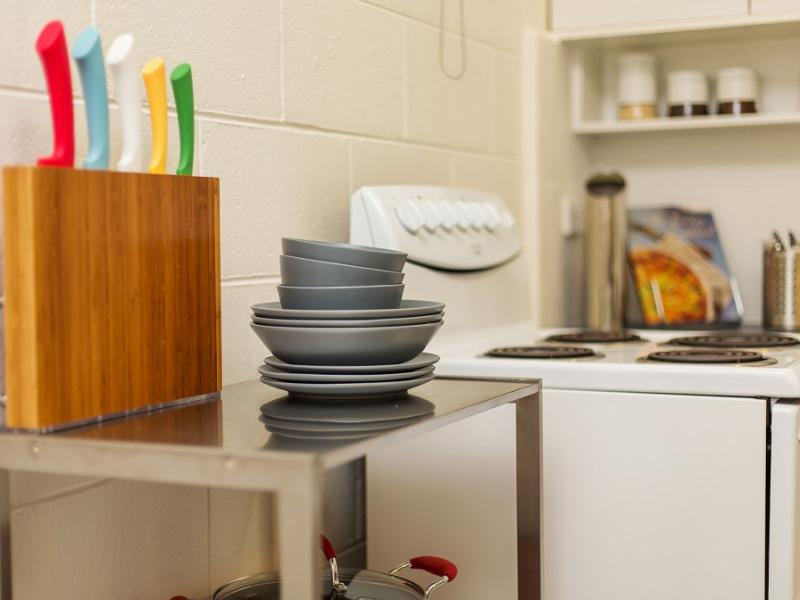 Apartment2c Lennox 10 In Melbourne Room Deals Photos
