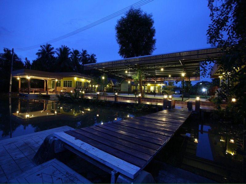 Nature And Green Amphawa Resort In Samut Songkhram Room
