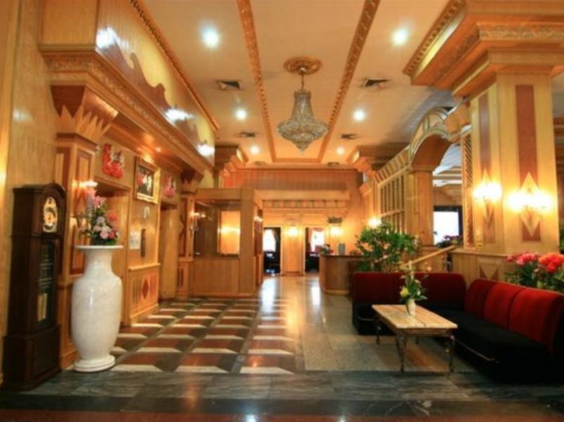 13 Coins Hotel Ngam Wong Wan Chatuchak Bangkok Room
