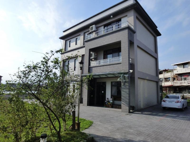 Ai Wan Jia Bed And Breakfast In Yilan Room Deals Photos