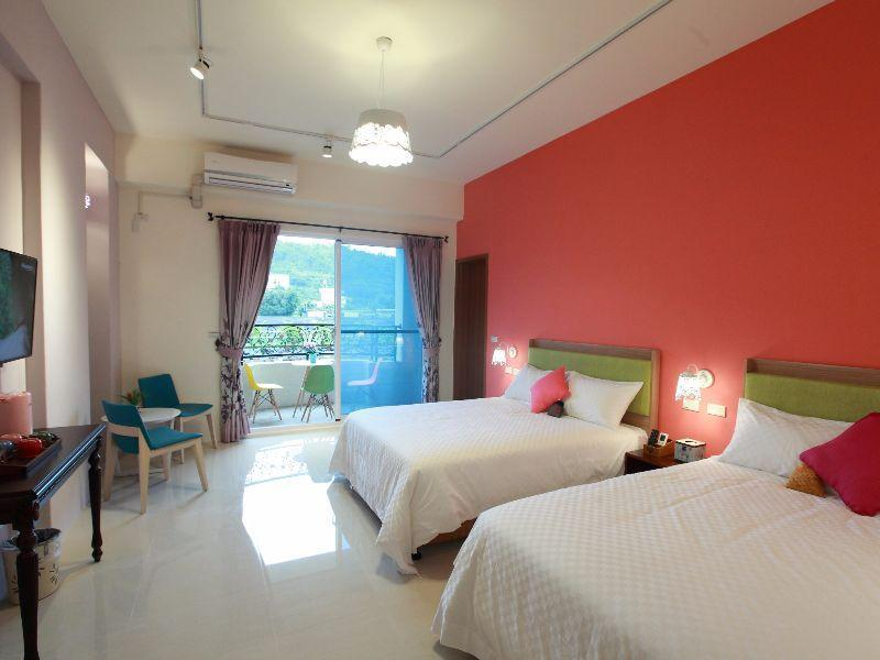 Leveeside House Hualien Taiwan Photos Room Rates