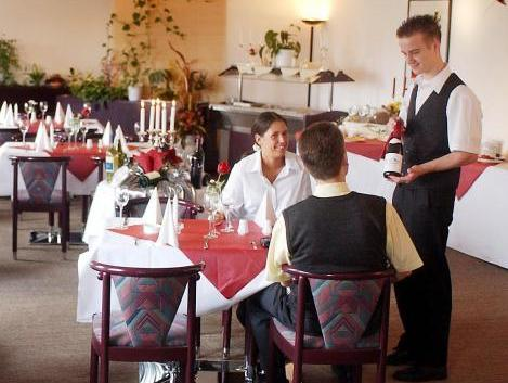 Book Hotel Stadtfeld In Magdeburg Germany 2020 Promos