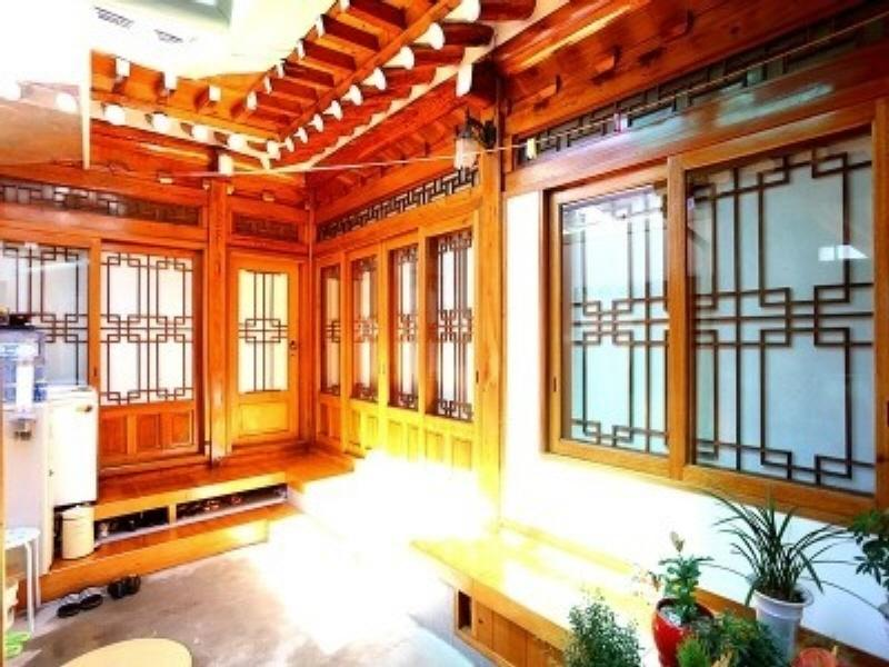 Hue Hanok Guesthouse In Seoul Room Deals Photos Reviews