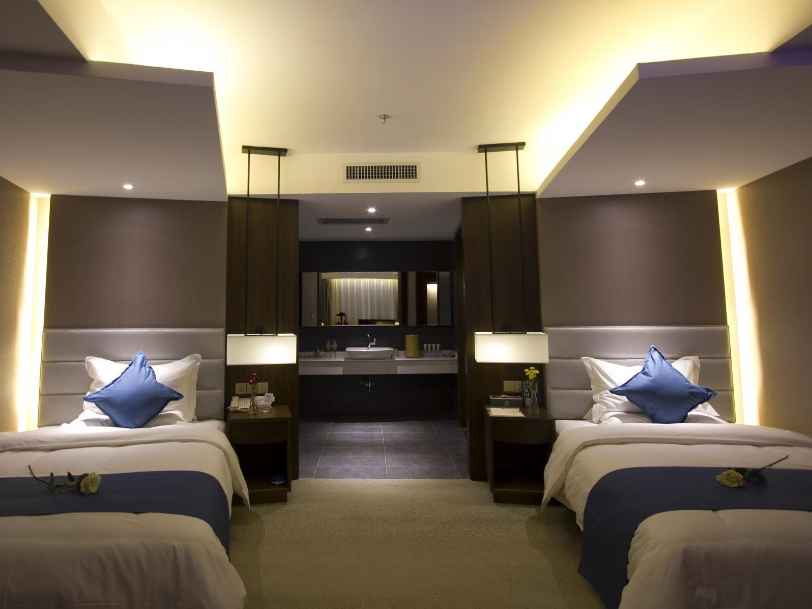 Deals On Yunman Hotel Kunming Donghua In China Promotional