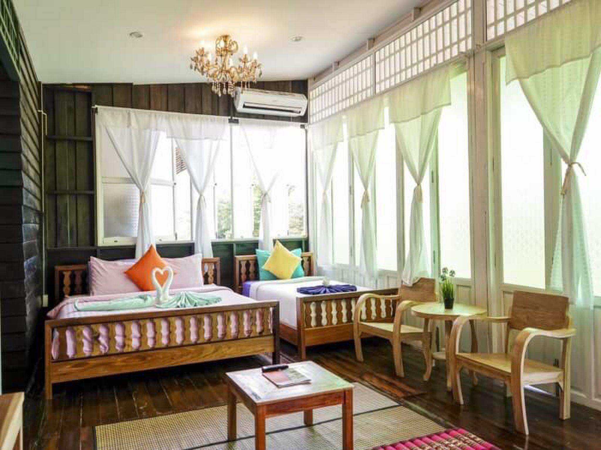 At Rimnam Chan Hostel Mueng Chanthaburi Room Deals