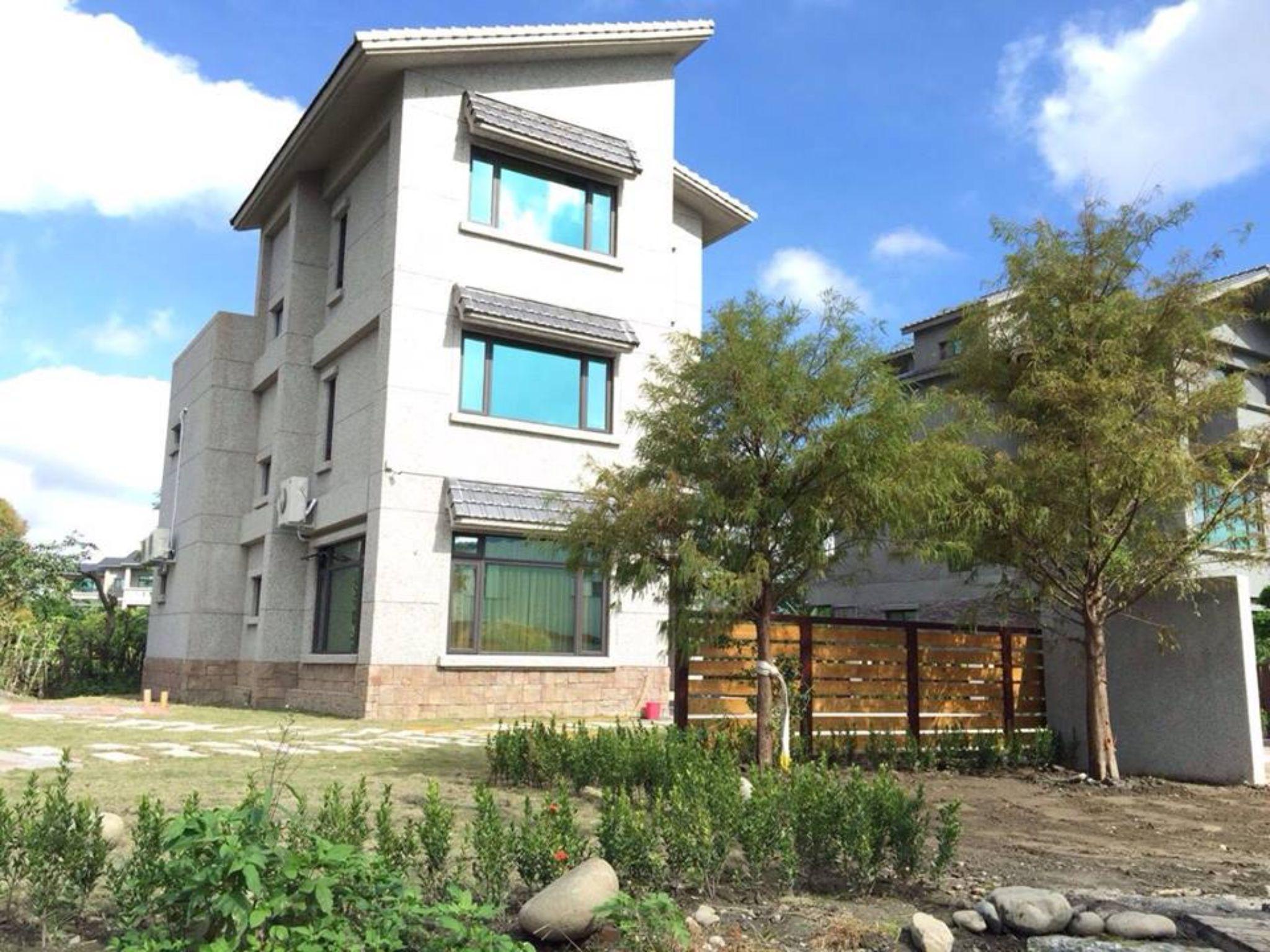 Ohgutting Hostel In Hualien Room Deals Photos Reviews