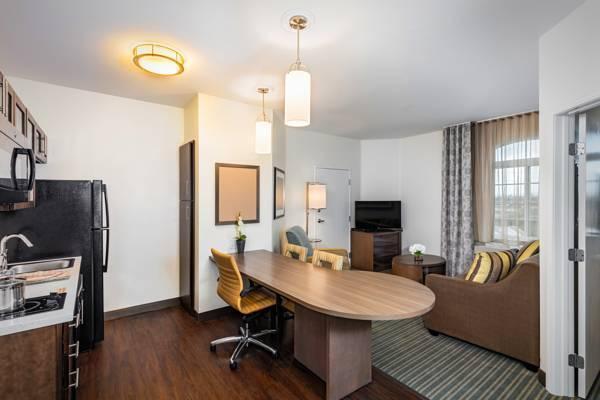 Candlewood Suites Anaheim Resort Area Los Angeles Ca