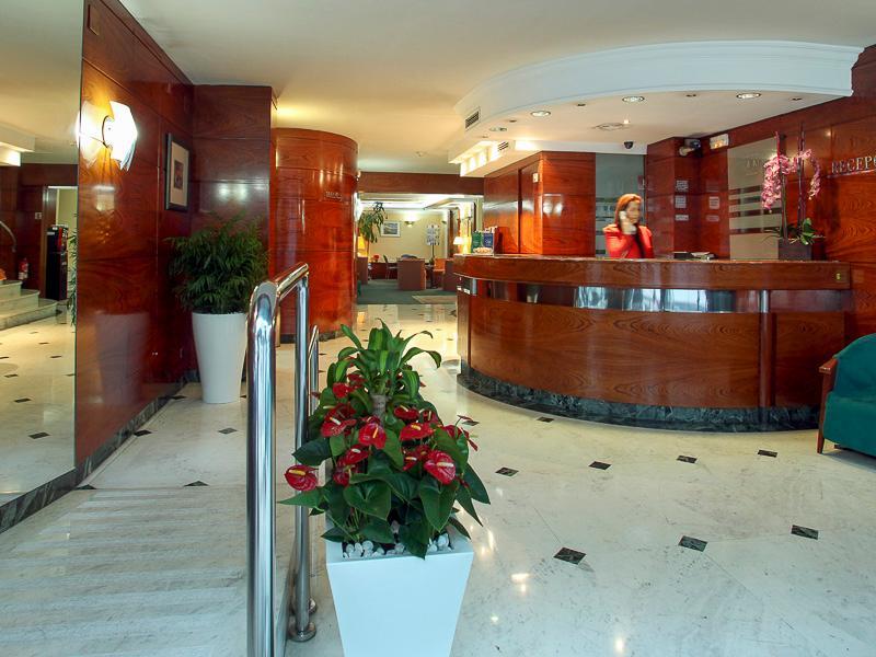 Aparthotel Acacia Suites Eixample Barcelona Mulai Dari Rp
