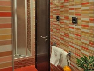 Hostal Ballesta In Madrid Room Deals Photos Reviews