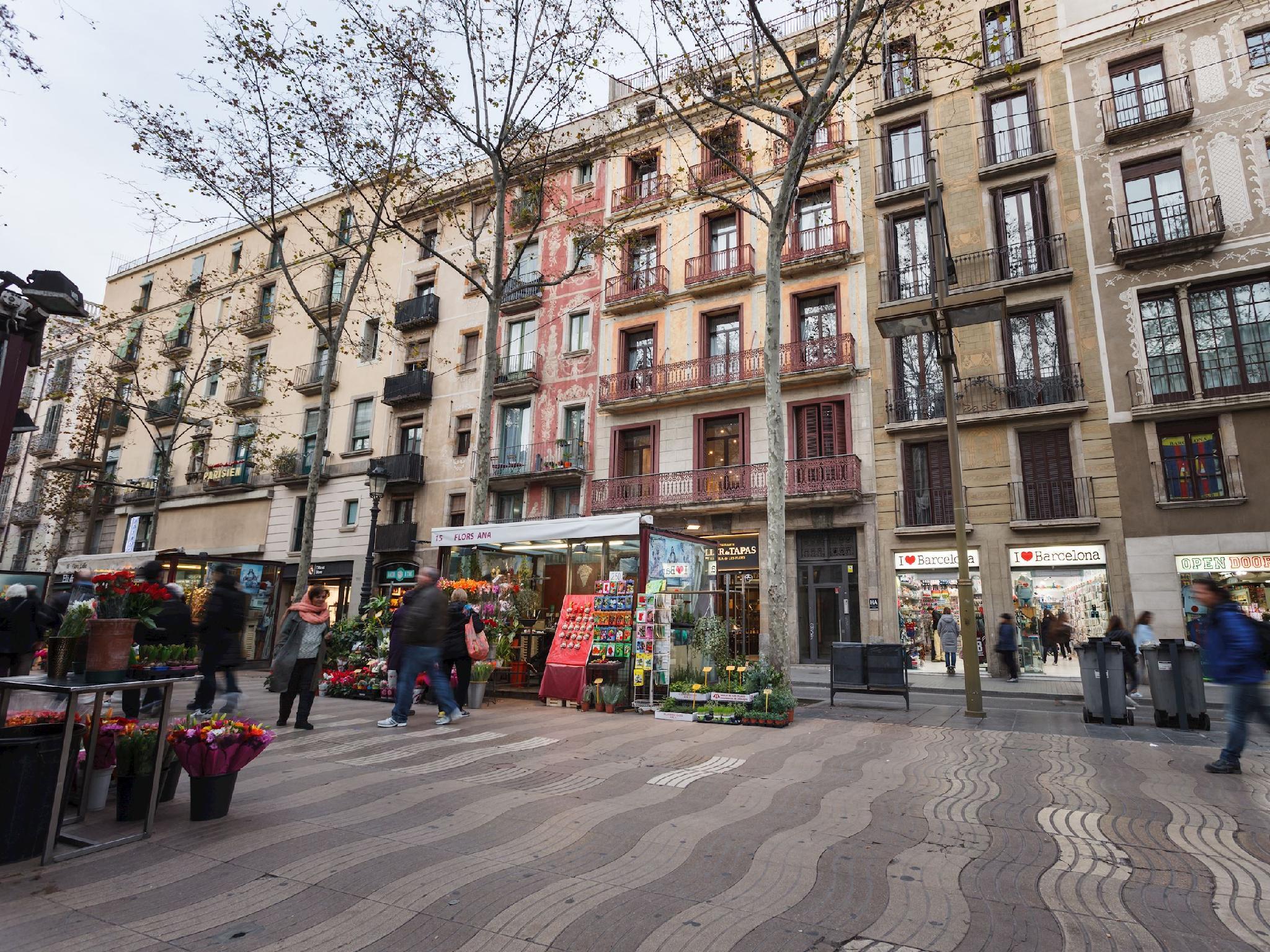 Apartments Ramblas 108 La Rambla Barcelona Room Deals