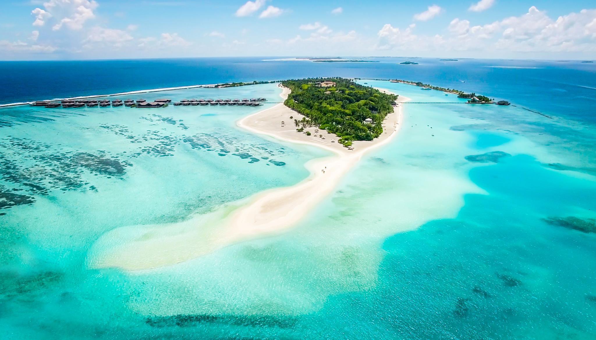 paradise island resort spa