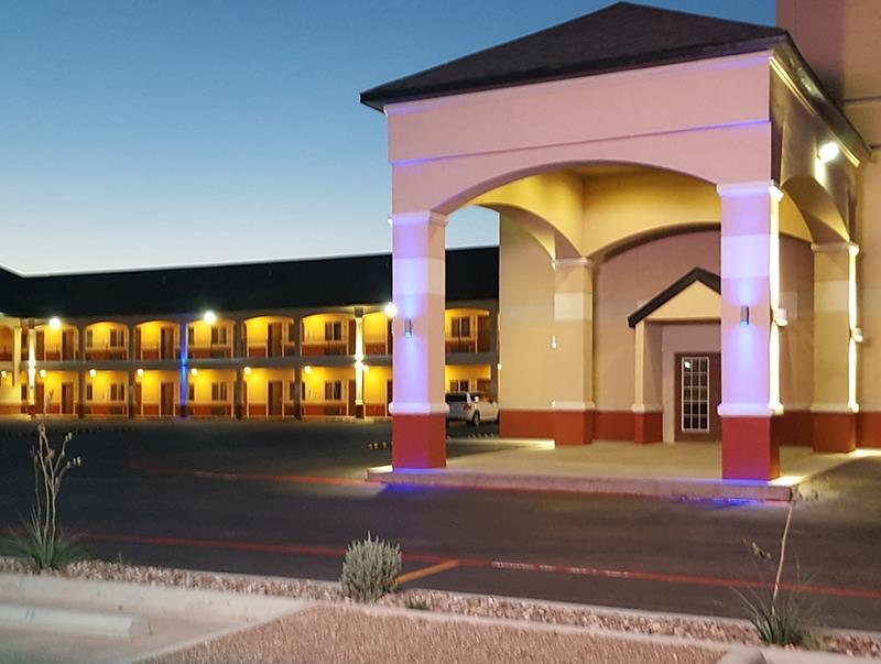 Magnuson Hotel Odessa Odessa Tx Room Rates Photos