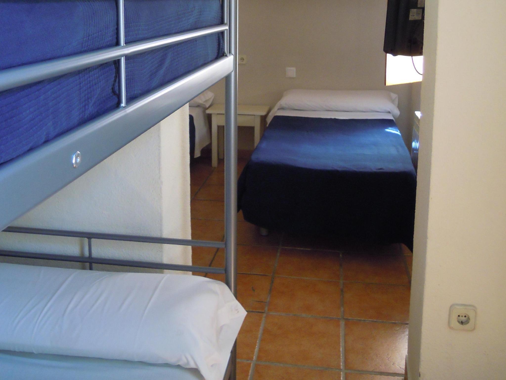 Hostal Moscatel Este Malaga Room Deals Photos Reviews